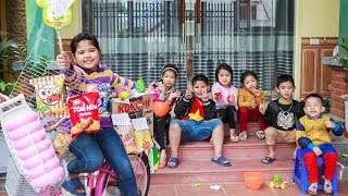 Kids Go To School | Chuns learning Sales Snacks By Bicycle 2