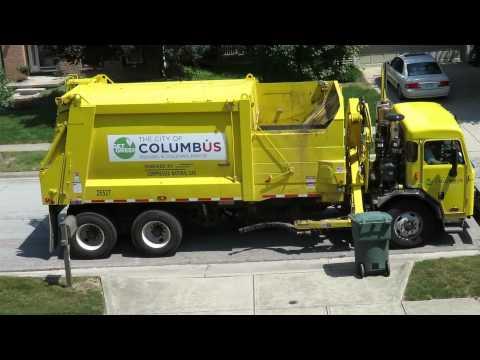 CNG-fueled Columbus trash pickup