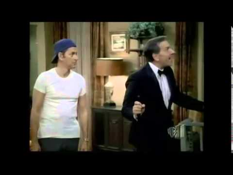 """""""Role Reversal"""" - classic scene from TV's """"The Odd Couple"""""""