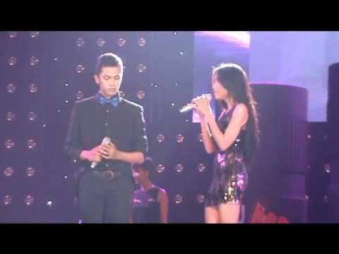 Elly Trần bất ngờ khoe giọng hát - Umbrella Party