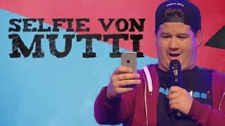 Selfie von Mutti – Chris Tall