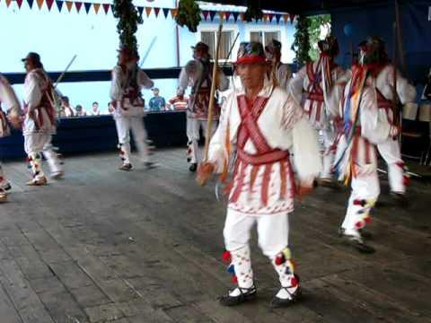 Calusari din Harsesti la Festivalul Caluseresc Ilie Martin Colonesti( 20-07-2010).AVI