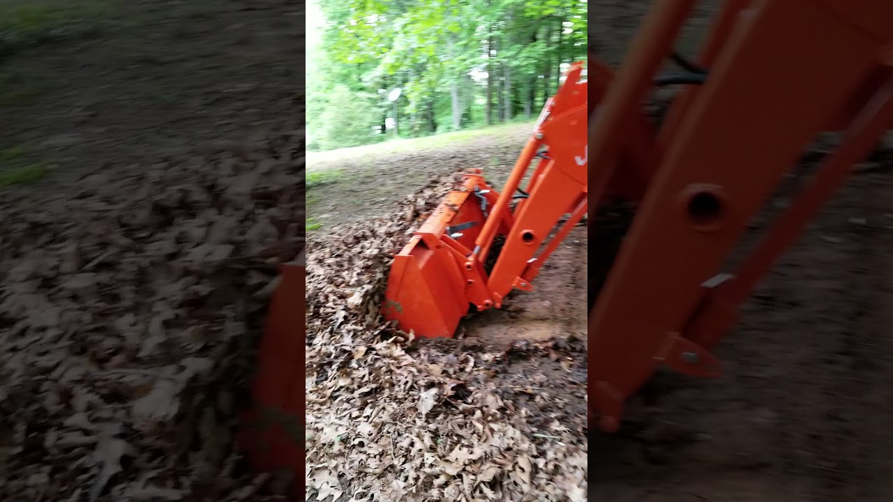 First review of Kubota L2501 2 hours logged
