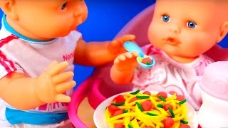 Nenuco Baby Doll Eats Lunch Baby Born Doll Toy Food Baby Doll Toy Videos by Toysandfunnykids