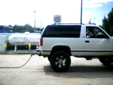 97 chevy two door tahoe vs 91 chevy silverado pull - YouTube