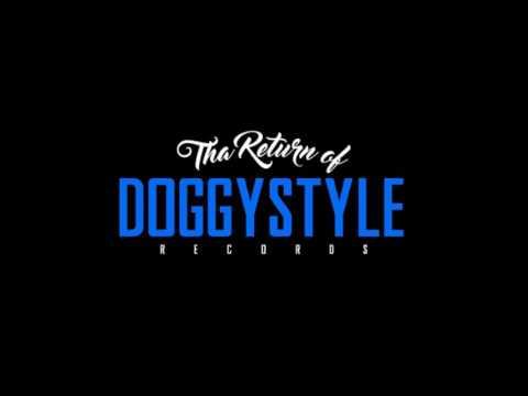 Snoop Dogg - Love Around The World