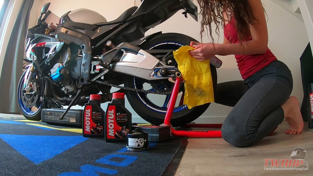 Download Oil changing s1000rr