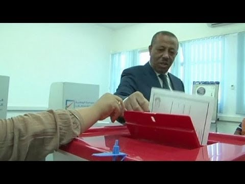 Low turnout and violence in Libya election