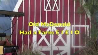 Old McDonald Had a Farm Song - Sing-a-long with Lyrics - Real Animals