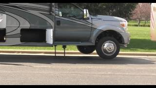 LCI Ultra Level Hydraulic Leveling System With Air Dump Lever On Thor Diesel Motorhomes