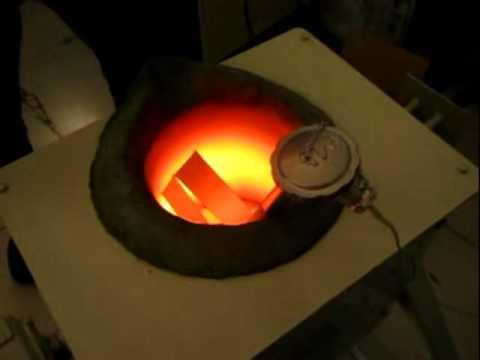 Induction Melting Furnace For 20kg Aluminum Automatic Tilting Melting