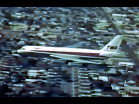 TWA Convair CV-880 & Boeing 707 Cigarette Commercial - 1961