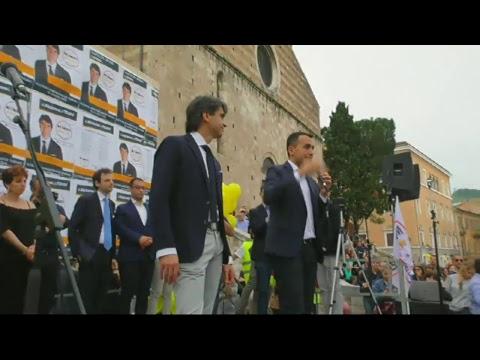 Luigi Di Maio fa tappa a Teramo video integrale RETE TV ITALIA