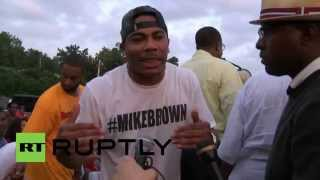 USA: Watch rapper Nelly preach peace at Ferguson rally
