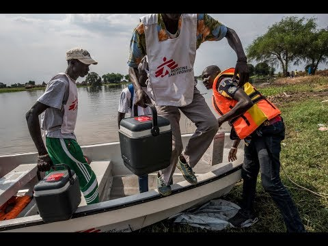 South Sudan: Delivering healthcare by boat on the Pibor river