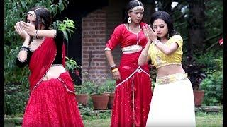 उत्ताउलिएको नगरकोटमा एलिसाको अलि अलि | Shooting Report of Singer Chanda Dewan's Ramdai Chha Ali Ali