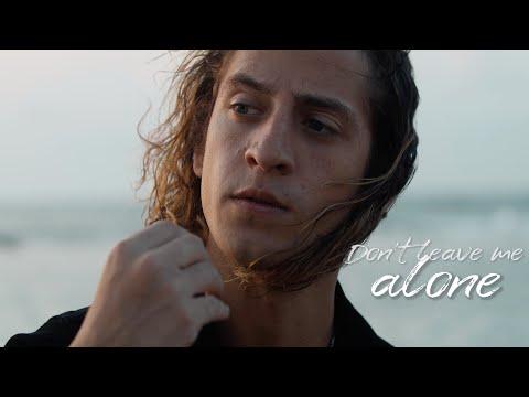 Gian Varela - Dont Leave Me Alone