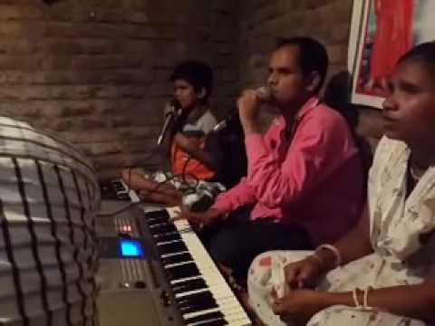 Chetan Uchitkar sings 'Shirdiwale Saibaba'