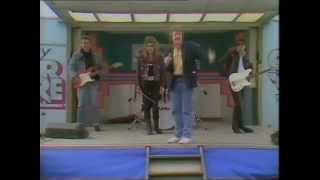 """Saturday Superstore - The March Violets """"Turn To The Sky"""" - Blackpool - March 1986"""