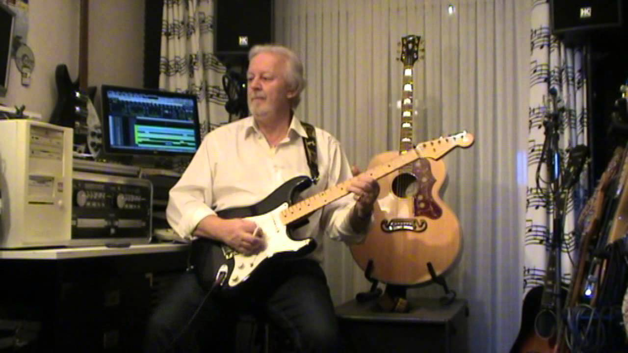 Rose Garden - Lynn Anderson (played on guitar by Eric) - YouTube