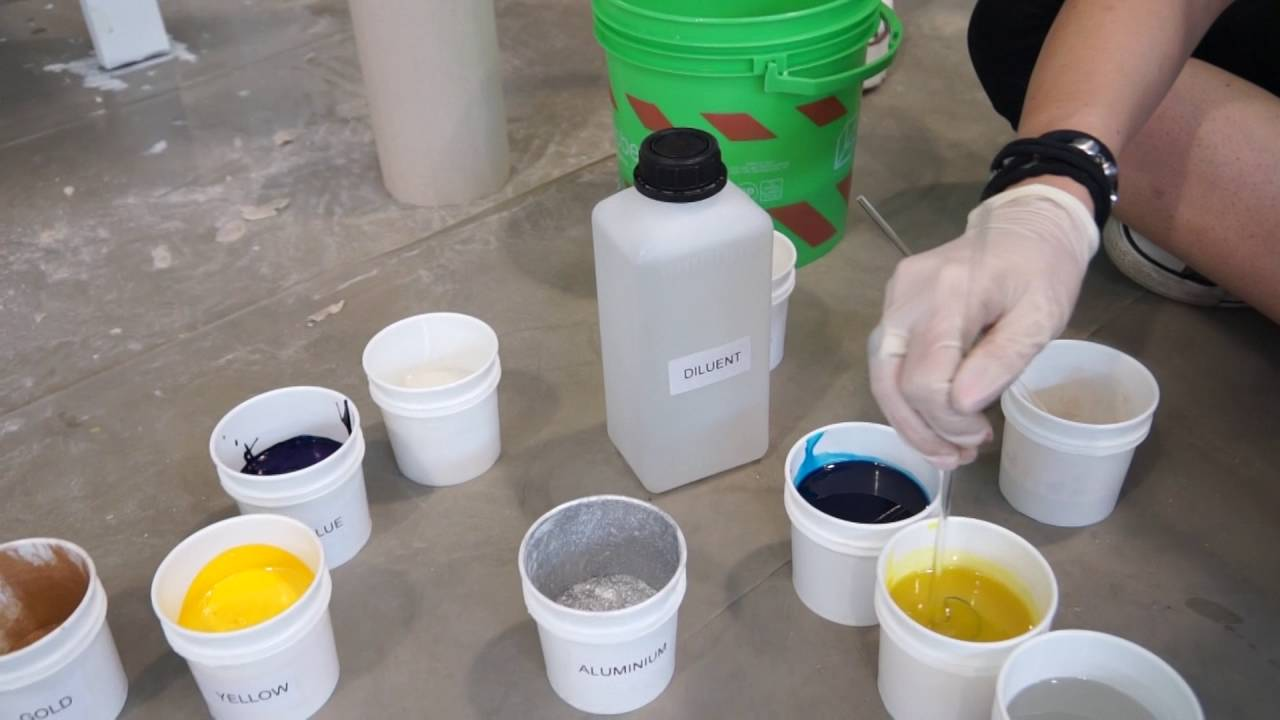 HOW TO APPLY EPOXY RESIN GOBBETTO FOR ARTWORK AND RESIN