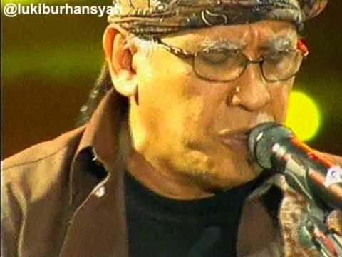Sore Tugu Pancoran - Iwan Fals on Kilau Raya MNCTV 24, 20-10 -15