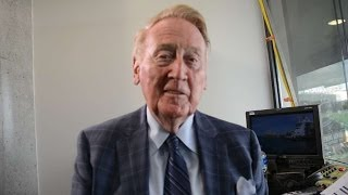 Scully shares memories of baseball in Sydney