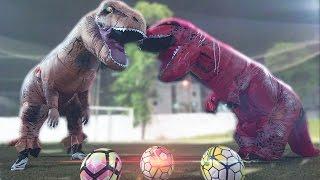 Dinossauro Vs Travessão ! ‹ Portuga ›
