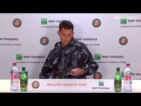 Roland Garros 2019: Dominic Thiem verlaat geïrriteerd persmoment