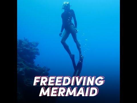 This Freediving Mermaid Takes Breathtaking Underwater Photos