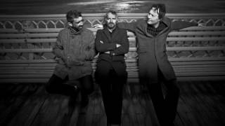 I Am Kloot - Someone Like You (live @ Rolling Stone Weekender, Germany, 11/7/2009