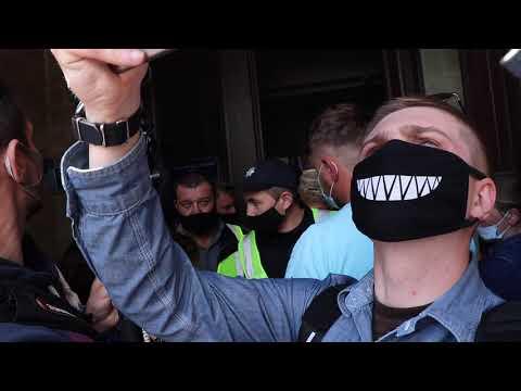 Moy gorod: Мой город Н: Торговцы устроили перепалку с полицией