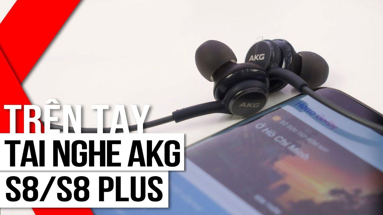 FPT Shop – Trên tai chiếc tai nghe AKG đi kèm Galaxy S8/S8 Plus – Thiết kế sang trọng, chất âm tốt.