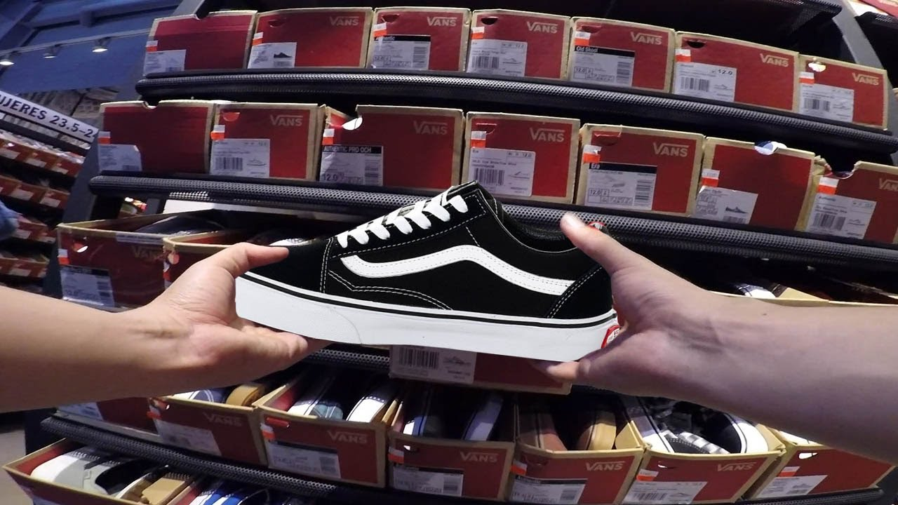 DÓNDE COMPRAR VANS OLD SKOOL BARATOS? OUTLET DE VANS! - YouTube