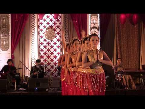 RANDOM / Traditional Chinese Dance Performance