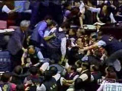 Taiwanese Legislature Fight 3