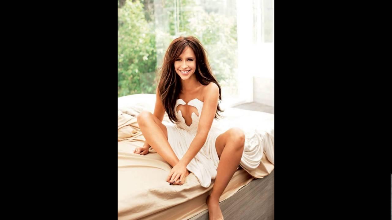 Jennifer love hewitt bra and panties