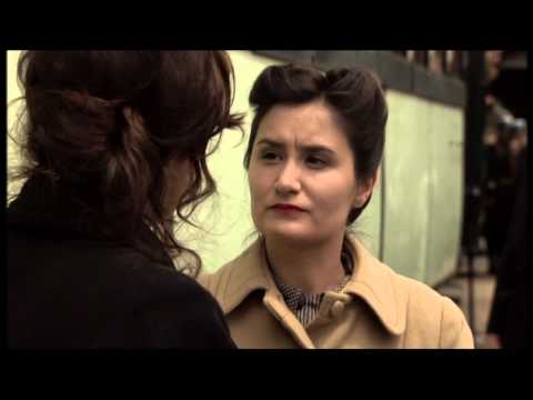 """Elles et Moi ""de Bernard et Lény Stora ""scene de la gare ,la jeune femme"" Anouchka Vézian"