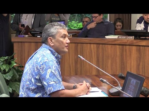 Mayor Kenoi apologizes before Hawaii County Council (4-22-15)