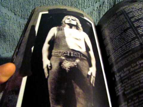 Ozzy Osbourne Prince Of Darkness Boxset Unpackaging