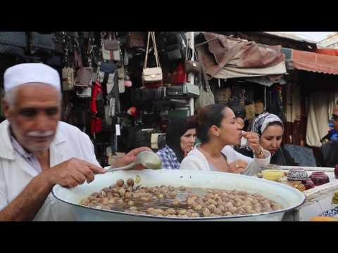 Maroc Casablanca Restauration de rue /  Morocco Casablanca Street restaurant