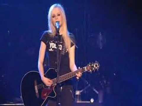 Avril Lavigne Nobody's Home Live