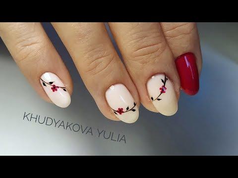 Легкий дизайн гелевых ногтей
