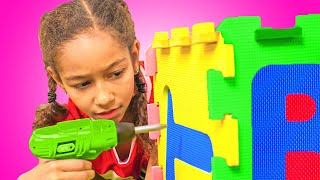 Playhouse and Toys! Ella pretend play with Playhouse for Kids