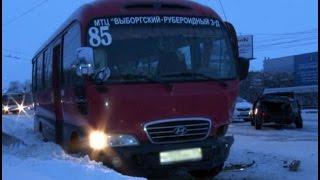 В серьезной аварии в Хабаровске травмы получили пассажиры такси. MestoproTV