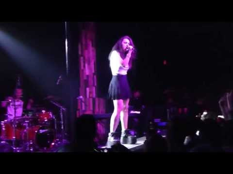 Charli XCX - I Love It LIVE HD (2013) Orange County The Observatory