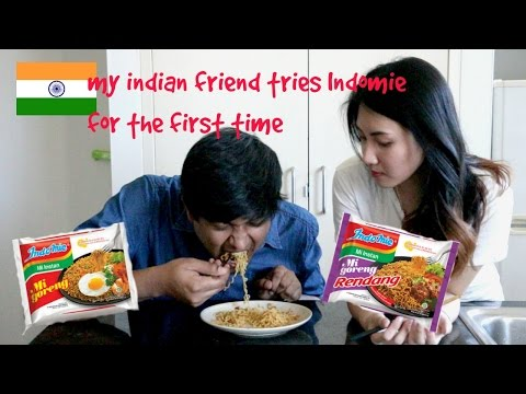 INDIAN TRIES INDOMIE FOR THE FIRST TIME | iviy