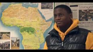 U.S. Army Africa talks geography with Vicenza Middle School students