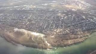 Усть-Каменогорск с самолета весь город на ладони, видны все дома!