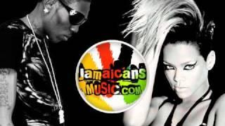 Download Rihanna & Vybz Kartel - What's My Name (Remix)